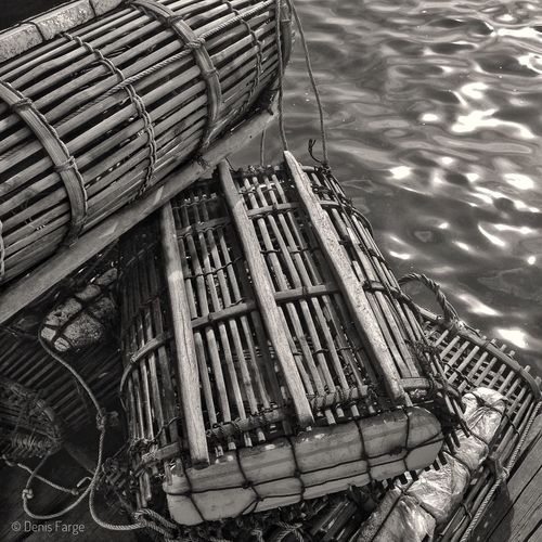 Casier à crabe au marché de Kep Cambodge Black And White Friday Bnw_friday_eyeemchallenge Bnw Photography Bnw_captures Noir Et Blanc Mer Sea Waterfront Cambodge Cambodia Kep Casiers Crabe IPhone5 Denisfarge Black And White Friday An Eye For Travel