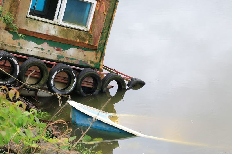 Abandoned Boat EyeEm Gallery First Eyeem Photo Macro Nature Reflection Riverside Ship Still Life Taking Photos The OO Mission Transportation Underwater Water Travel Water Reflections The Journey Is The Destination Finding New Frontiers Miles Away EyeEmNewHere