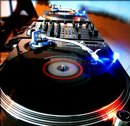 Dj Setup Turntables Turntables And Mixer EyeEmNewHere Live For The Story