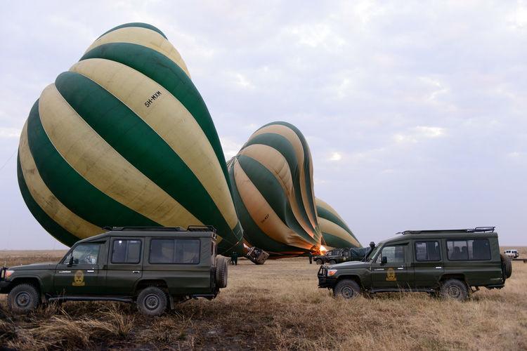 3 Balloons Rising Cars Hot Air Balloon Morning Sky Rising Safari Safari Animals Sky Details