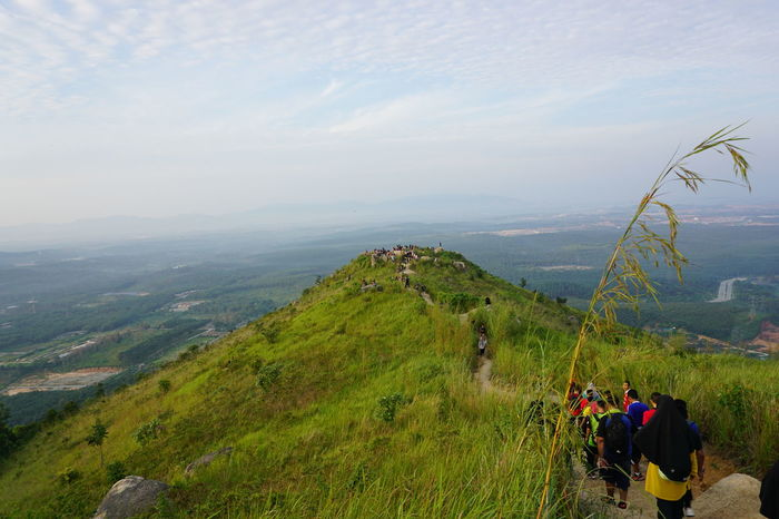Hiking down Broga Hills, Semenyih Broga Hiking View Brogahill Hiking Trail Hikingadventures Hill Sky