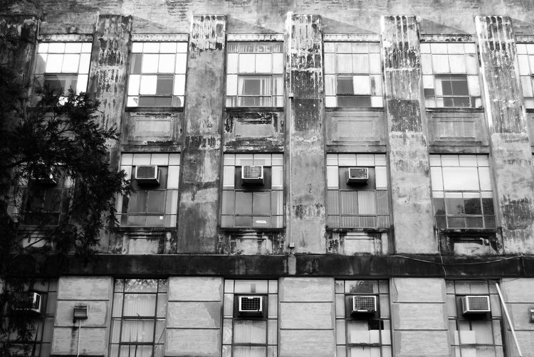 Architecture Architecture Architecture_collection Black Black & White Black And White Blackandwhite Blackandwhite Photography Building Exterior Built Structure Day Light Light And Shadow Low Angle View No People Outdoors Pattern Patterns Square Window