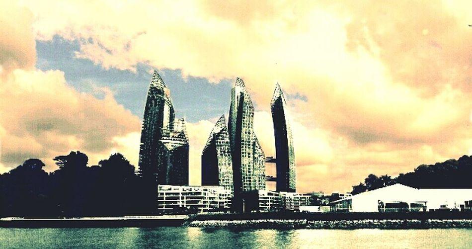 Singapore { R E F L E C T I O N S }