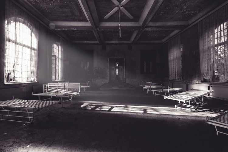empty bedroom - child psychiatry - album: wasteland by www.eightTWOeightSIX.de Window Bedroom Group Of Objects Hall Hospital Urban Exploration Urbanphotography Urbanexploration Urban Escape Wasteland Decay Decaying Building Building Blackandwhite Black And White Black & White Black&white Darkness And Light Darkness Horror Atmosphere Creepy Fallout Germany Urbex The Secret Spaces Black And White Friday