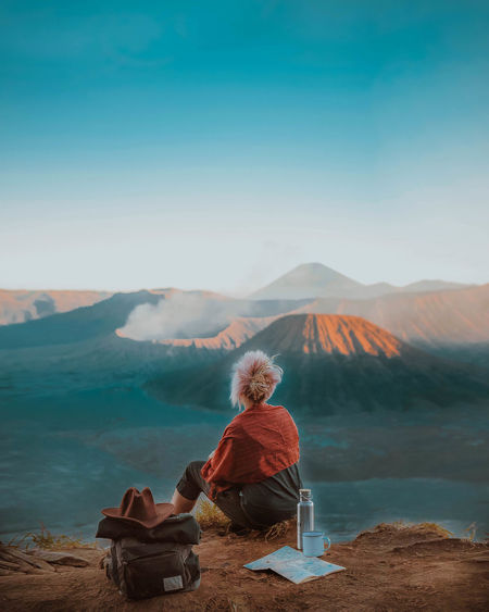 Mount Bromo at its best! (you can find more of my images on IG @7vensuns) INDONESIA Mountain View Nature Nature Photography View Beauty In Nature Beauty In Nature Clear Sky Day Lifestyles Mountain Mountain Range Mountains Nature Nature_collection Naturelovers One Person Outdoors People Real People Scenics Sitting Sky Tranquility Volcano Go Higher Inner Power Summer Exploratorium The Great Outdoors - 2018 EyeEm Awards The Traveler - 2018 EyeEm Awards