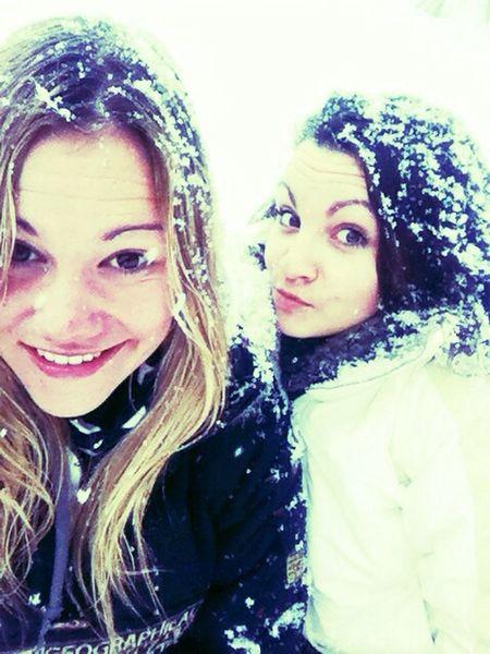 Vars Snow Friends Enjoying Life