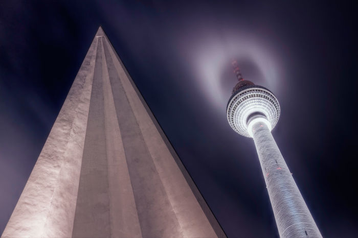 Alexanderplatz Architecture Beleuchtung Berlin Building Exterior Built Structure City Communication Fernsehturm Hochnebel Illuminated Low Angle View Nachtaufnahme Night No People Outdoors Sky Tall - High Television Tower Tourism Tower Travel Travel Destinations
