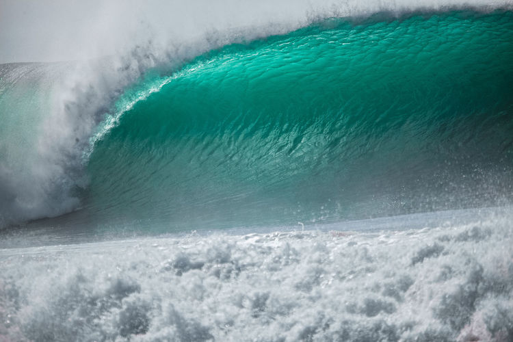 Blue wave tube ocean
