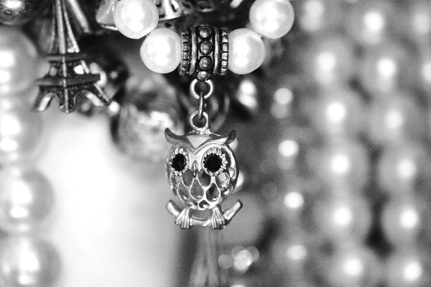 Home Is Where The Art Is Jewelry Mystuff Mycloset Things I Like Getting Inspired Exceptional Photographs Eye4photography  EyeEm Best Shots - Black + White Lightandshadow Canon_photos Canonphotography Athome  Details Macro Macro_collection Macro Photography