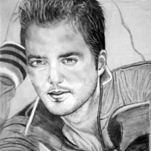 Gokhanozen Selenozens Karakalem Sketch sketchbook dream singer eskiz pencil amateur painter amazing independent istanbul portrait portre dese art drawing draw cizim