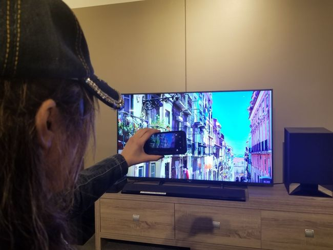 Multishots 🖥📱📲 📸 Multiple Image Multi Shot MultiShot Technology Business Finance And Industry Mature Women Cyberspace Virtual Reality Simulator 3-d Glasses Interactivity Breaking New Ground