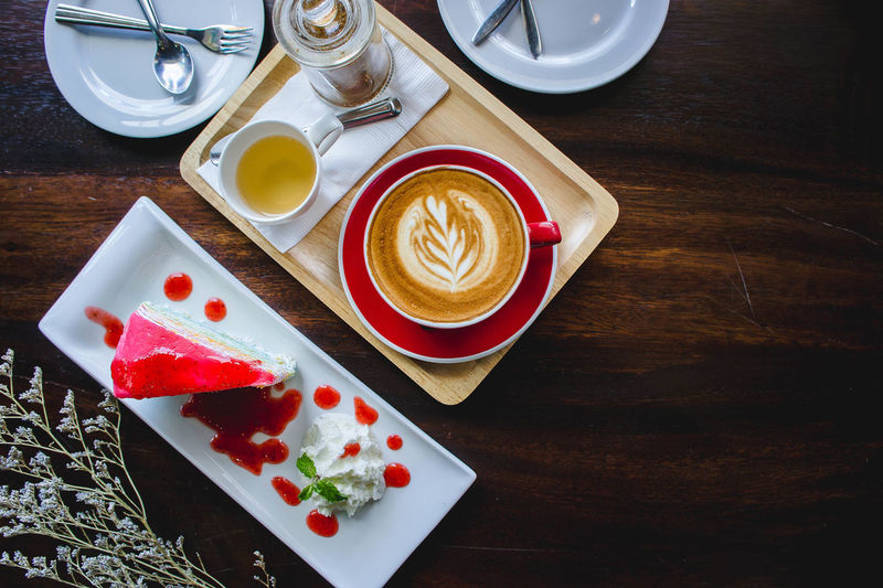flat lay coffee red cup latte and cake Cappuccino Close-up Coffee - Drink Coffee Cup Day Directly Above Drink Food Food And Drink Freshness Froth Art Frothy Drink High Angle View Indoors  Indulgence No People Plate Ready-to-eat Refreshment Saucer Serving Size Sweet Food Table Tray EyeEmNewHere