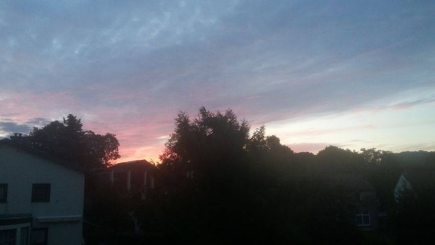 Canon EOS 1300D Cloud - Sky Outdoors Sky Sunrise In Valkenburg Sunset Zonsopgang Zonsopgang In Valkenburg