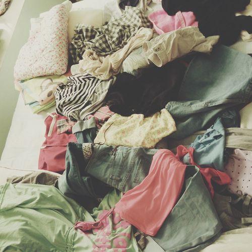 已经收拾了一箱行李。 这些 怎么办 :( The World Of Olivia