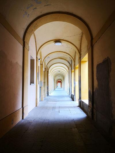 Corridor Arch