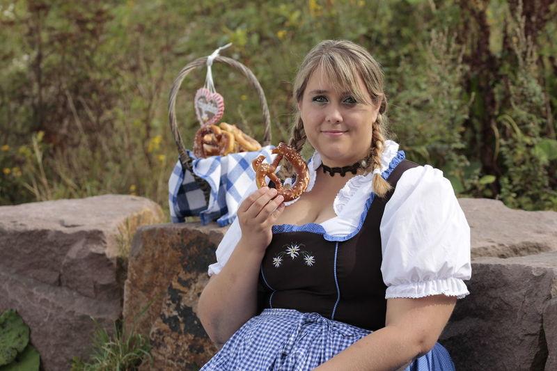 Bavarian Bavarian Tradition Beautiful Girl Beauty In Nature Casual Clothing Curvygirl Curvygirls Curvyisthenewsexy Dirndl Dirndlcotoure Dirndlkleid Kurvenrausch Kurvenzeigen Looking At Camera Mature Adult Munich Oktoberfest Plus-size Plus-size Model Plus-size-model Plussizebeauty Tradition Traditional Clothing Traditional Culture Xxl-mode