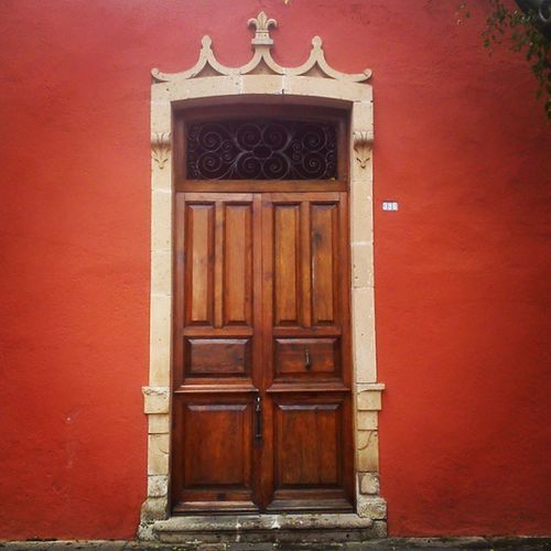 Morelia Calzada Old Door