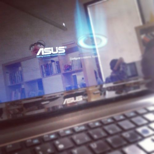 Aquele momento glorioso em que depois de mentalizar que tinha de comprar um pc novo, o pc ressuscita! Ressuscitar Milagre PC Asus Computador