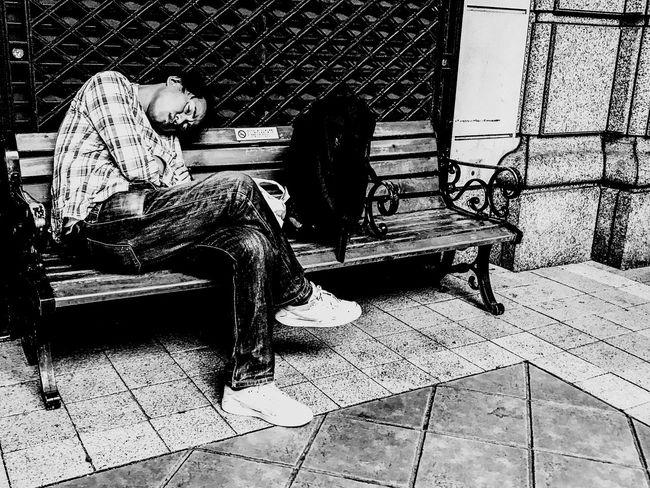 in the dream... Streetphotography Street Portrait Monochrome Sleeping Sitting Sleep Blackandwhite Street Life