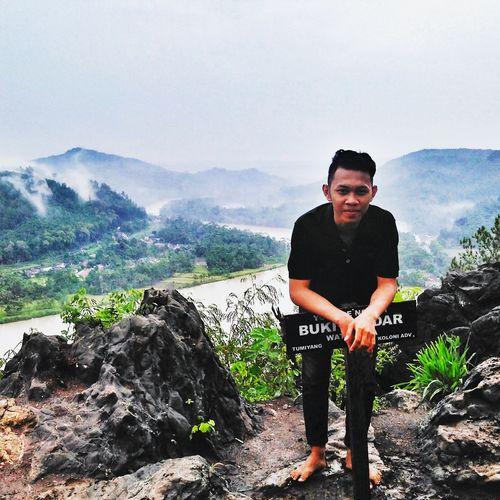 Wisataindonesia Cilacapexplore Pohon Sungai Pohondanlangit Pemandangan Batu Gerimis