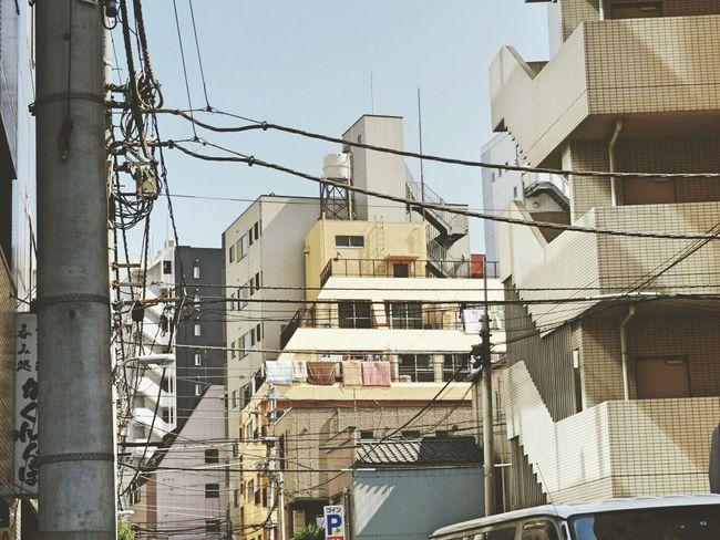 東京 日本 Holiday Look Up Buildings City View  City EyeEm Gallery Walking Around
