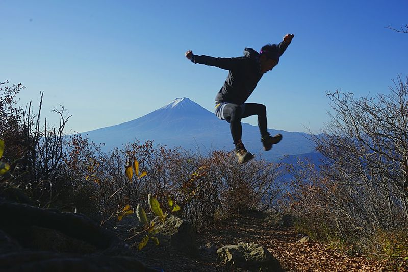 Beauty In Nature Jumping Outdoors Mountain Nature Japan Silhouette Eyeemphotography Photoshoot Silhouette_collection 登山 黒岳 日本 Japan Sky Light And Shadow Mtfuji 富士山 EyeEm