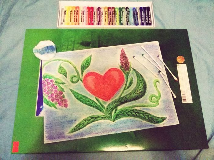 рисунок постелью. Творчество вдохновение Рисование Multi Colored No People Tray