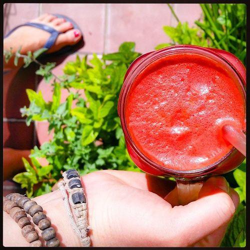 Day 2 of Juice reboot 😋 This juice is beetroot, carrots, rhubarb, ginger, basil, lime, pineapple. Energised for beach walk now 🌞 Juicing Juice Plantbased Naturalenergy Reboot Juicecleanse InstaJuice Instagood Instahealth HelloSundaymorning