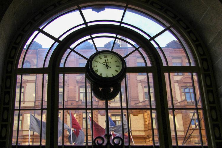Arcitecture China Clock Entrance Hotel Lobby Pease Shanghai Window EyeEmNewHere