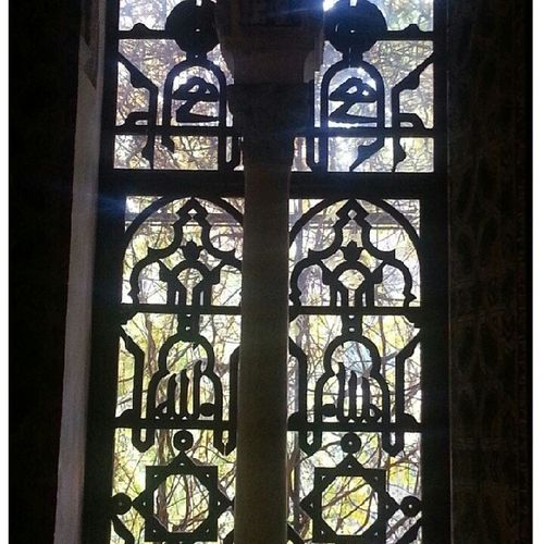 نافذة جميلة في قصر اشبيلية الكازار الأندلس A beautiful Window in Seville Palace Alkazar Real_alkazar Andalucía
