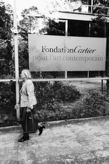 Woman walking. Paris IPhoneography Vscocam Blackandwhite