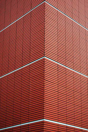 Abstract Backgrounds Business Design Exterior Flooring Full Frame Geometry Glass - Material Horizontal Symmetry Indoors  Modern Pattern Repetition Shadow Symmetry Textured  Tile Tiled Floor Wall Wall - Building Feature