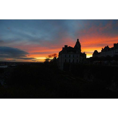 Blois Sunset Coucherdesoleil Sky soir ciel autumn automne nikon photooftheday picoftheday photographer nikon_photography_ france season