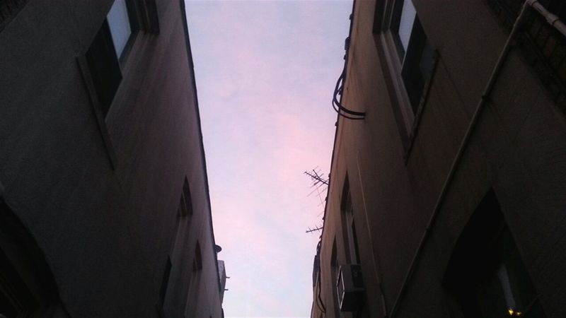 Architecture Built Structure No People Low Angle View Sky Tall Building Story Check This Out Cloud Outdoors Building Exterior Lookingup Antennas Between Buildings Taking Photos From My Point Of View Urban Geometry Urbanphotography New York City Walking Around