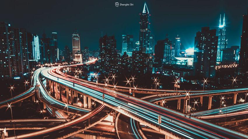 城市 夜晚 城市摄影 上海 艺术 上海印象 摄影 摄影作品 长曝光 First Eyeem Photo 线条,建筑,地铁站,简 Night Sky 爬楼 City Street 黑色 金色 黑金 Illuminated Traffic Light Trail Bridge - Man Made Structure Car Connection Transportation