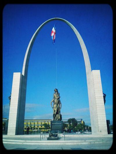 Hermosa Plaza de la Bandera!