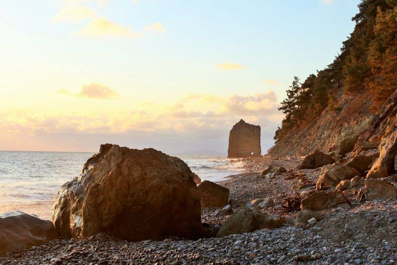 Natural Attractions Russian Nature Shine Beach Beauty In Nature Crag Nature Rock Sea Sky Sunset Travel Travel