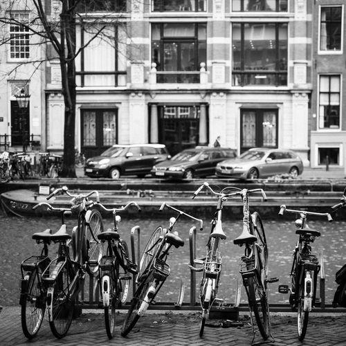 Your Amsterdam Fujifilm Fujifilm_xseries Fujifilm X-E2 XF35mmF1.4 Streetphotography Streetphoto_bw Blackandwhite Amsterdam