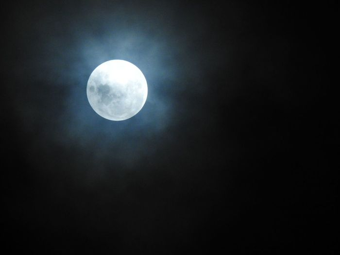 Full Moon Moon Astronomy Night Space Nature No People Beauty In Nature Pearl Pearl Of The Night Nikon P900