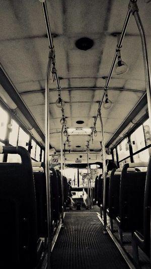 Yo aquí solo en el bus On The Road Check This Out Quito Mundialbrasil2014 a la hora de su inauguración!