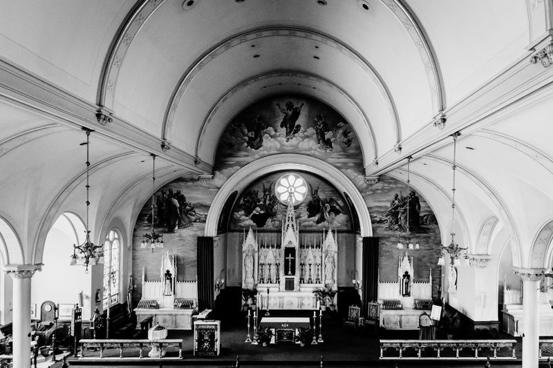 Going to the Chapel.... Church Place Of Worship Indoors  Arch Interior Catherdral Basilica Loretto 412project Catholic Blackandwhite Bnw_captures Bnw_collection Blackandwhite Photography Black And White Photography Bnw_society Bnw_magazine
