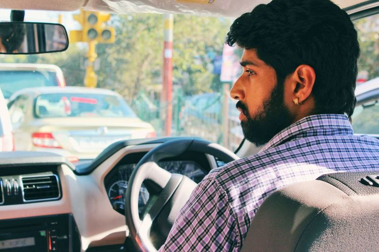 Mohit ..... Mohit Friend SUV Canon Canon1200d DSLR Abshine_photography Delhidiaries Canonphotography Canon_photos Canon_official Beautiful Headshot Men Car Land Vehicle Mid Adult Mid Adult Men Windshield Car Wash Dashboard Vehicle Interior Driving Car Interior Car Point Of View