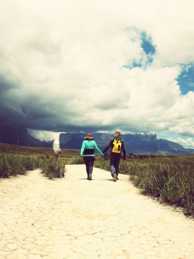 Monte Roraima Walking Cloud - Sky Nature Adventure trekking Roraimatepuy Brazil Two People First Eyeem Photo