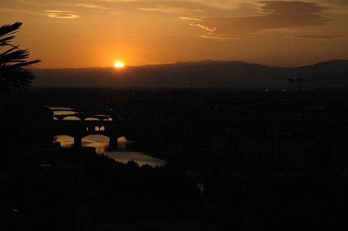 ya sen gitmeseydin, ya da bu batmasaydi. sunset is beautiful when together.