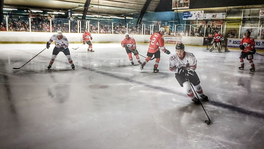 Slough Jets Legends game Ice Hockey Slapshot Puck Drop