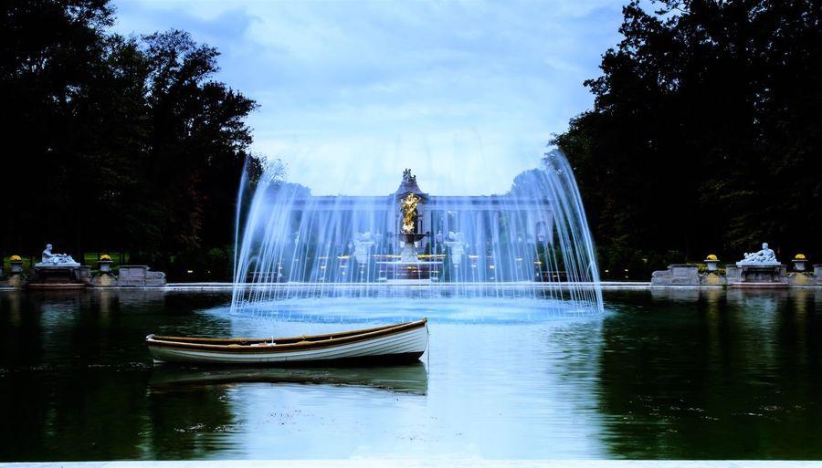 LongwoodGardens Statue Water Fountain Landscape Sky And Clouds Philadelphia loongwood garden in philadelphia