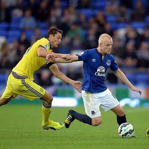 """I am feeling confident, so everygame i go into, i believe i can score"" Everton Naismith Scottish"