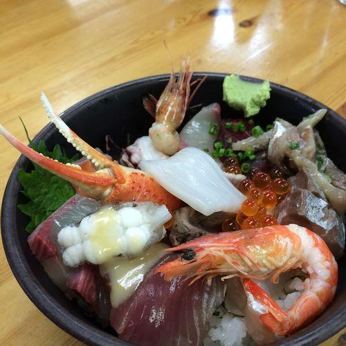 海鮮丼 下関 昼ごはん
