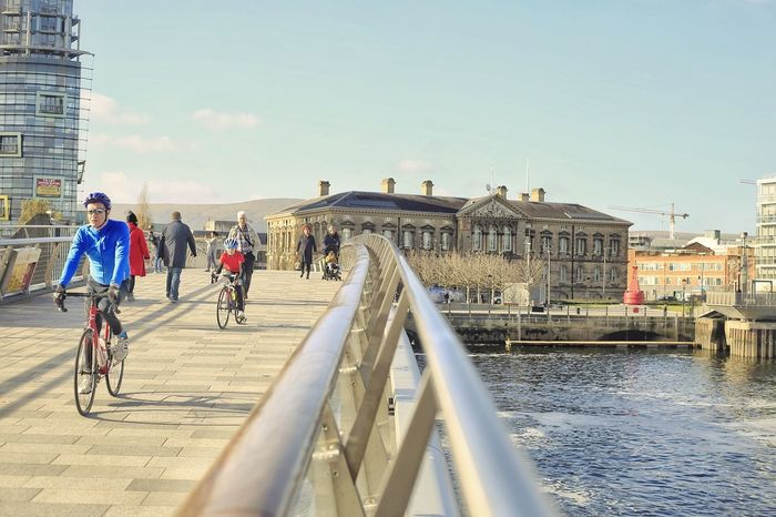 Cycling People Outdoors Travel Destinations City Sky Streetphotography Street Ireland City Belfast Citylife Cityscape Belfastcity Béalfeirste Travel Bicicleta Bicycle Tourism Belfaststreet Bike Day River Lagan Waterfront