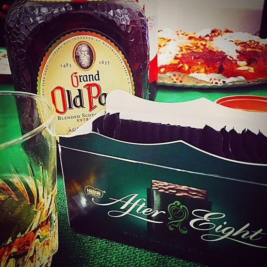 Oldparr Enjoying Life Life MerryChristmas Friends Hanging Out Taking Photos Aftereight